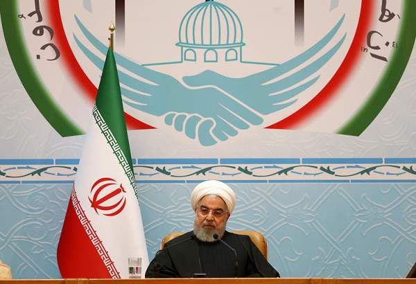 رئیس جمهور در سی و سومین کنفرانس وحدت: فلسطین از موضوع اول جهان اسلام خارج نخواهد شد/دوست دانستن آمریکا خطای استراتژیک است