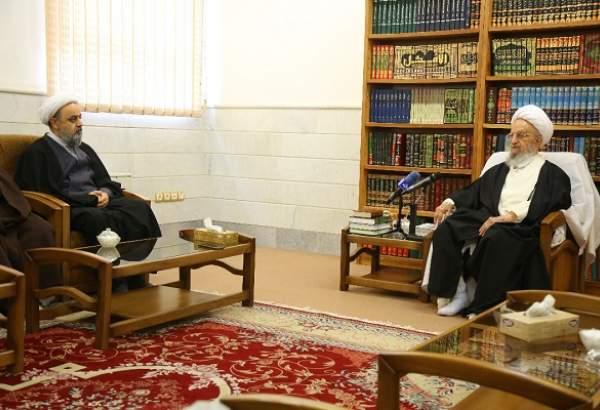 دبیرکل مجمع جهانی تقریب در دیدار با آیت الله مکارم شیرازی: خط اصلی مقابله با استکبار جهانی، وحدت جهان اسلام است